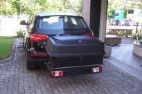 Tourbox 330 liter black bagageboks til bag på bil.